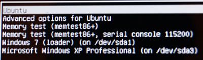 再起動すると、LubuntuとWindows XPの選択画面に