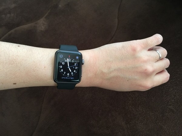 Apple Watch Sport 42mm のフィット具合