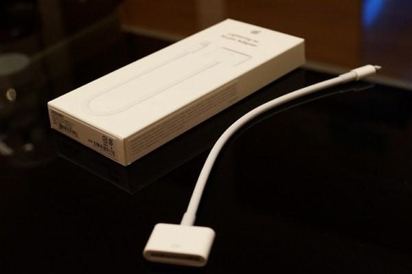 「Apple Lightning - 30ピンアダプタ」が到着!