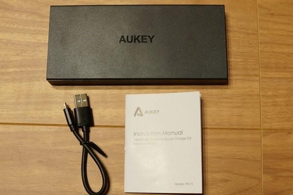 「Aukey PB-T3」のセット内容