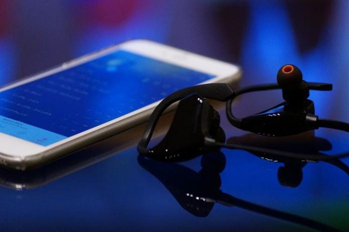 Bluetoothイヤホン「SoundPEATS Q10」レビュー