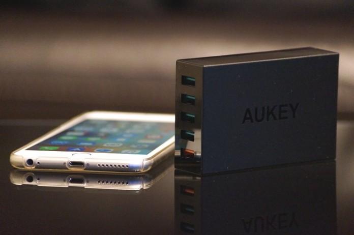 Aukey 5ポート急速充電器 PA-T15 レビュー