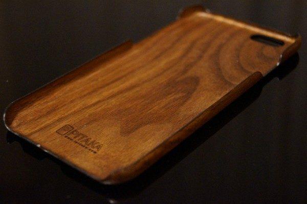 iPhone 6/6s用「黒くるみ天然木」ケースレビュー