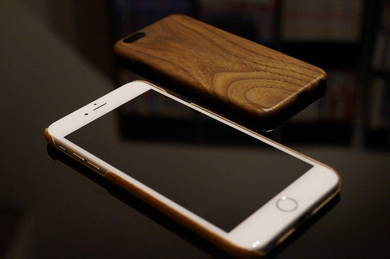 Pitaka iPhone 6/6s/Plus用「黒くるみ天然木」「天然桜ウッド」ケースレビューまとめ!