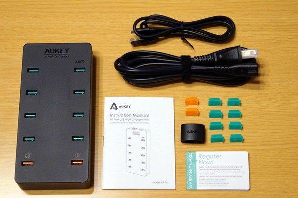 「Aukey 10ポート 70W USB急速充電器 PA-T8」のセット内容