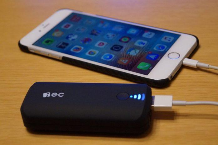 EC Technology 5200mAh モバイルバッテリー レビュー