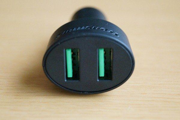 QC 2.0対応「Tronsmart USBカーチャージャー」のセット内容