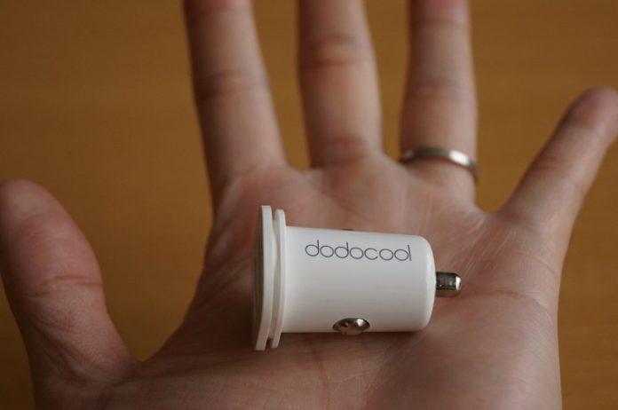 dodocool 24W 4.8A デュアルUSBカーチャージャー レビュー