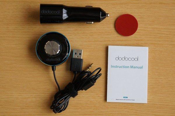 「dodocool ワイヤレス受信機 3.5mm入力ジャック 2ポートUSBカーチャージャー付き」のセット内容
