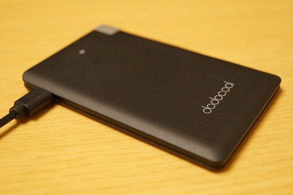 「dodocool モバイルバッテリー 2500mAh DP08」の使い方