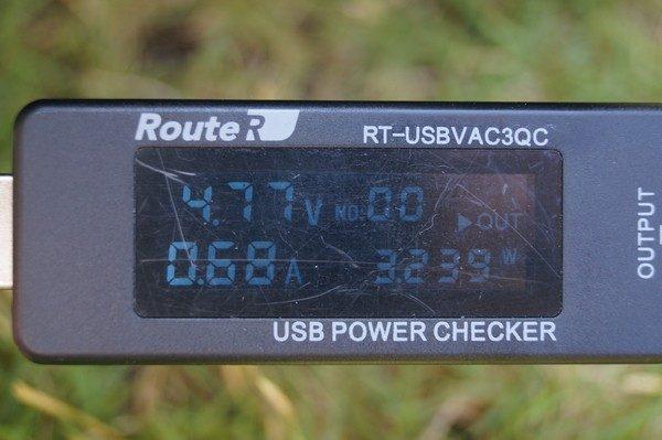 「dodocool 2ポート ソーラーチャージー&10000mAhモバイルバッテリー」の使い方/外観レビュー