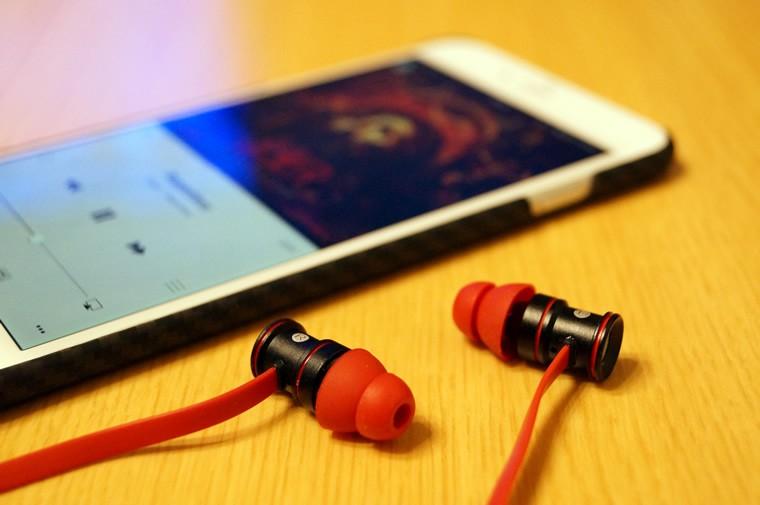 【レビュー】豊かな中~低音で迫力あり!「EC Technology Bluetooth 4.1 ワイヤレスイヤホン」はコスパに優れた高音質イヤホン!