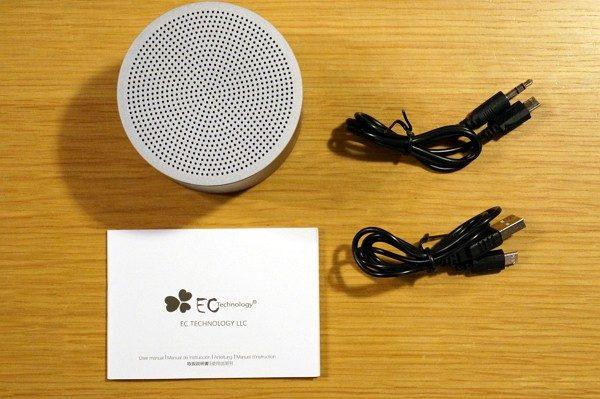 「EC Technology ミニBluetoothスピーカー」のセット内容