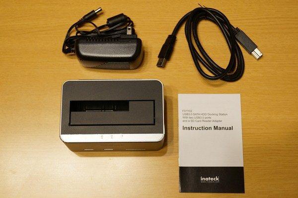 「Inateck アルミUSB3.0-SATAハードドライブ ドッキングステーション」のセット内容