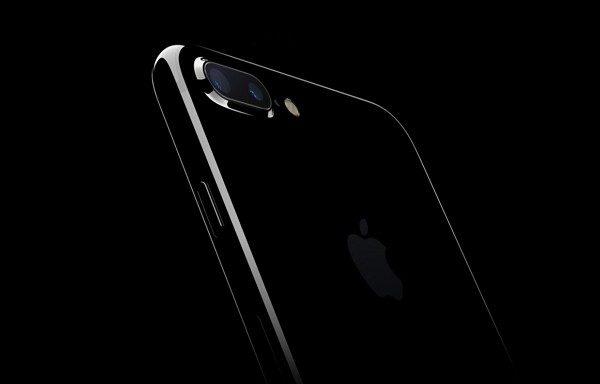 iPhone 7 Plus レビューまとめ!性能アップで満足度は高い!