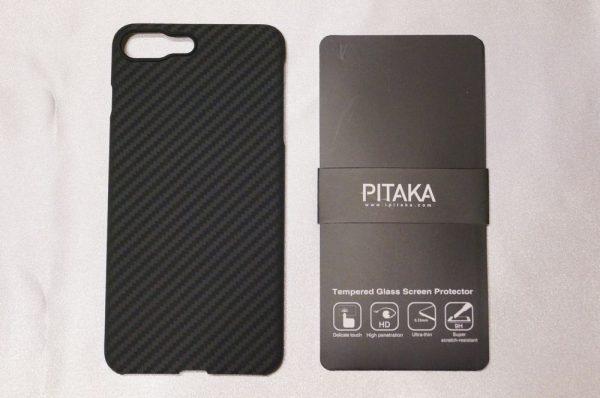 「Pitaka iPhone 7 Plus アラミド繊維製ケース」のセット内容