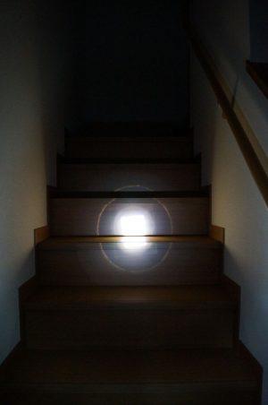 「BINWO LEDフラッシュライト/懐中電灯 XML-T6」レビュー!