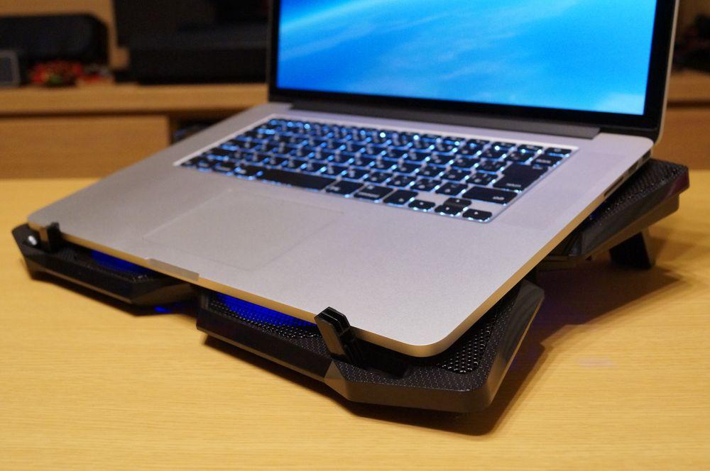 【レビュー】17インチまで対応!「iClever ノートパソコン 冷却パッド/クーラー」は4ファン搭載でしっかり冷却!ゲームや動画編集の機会が多い方におすすめ!