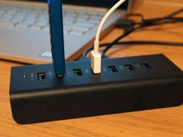 【レビュー】充電専用ポート付き!「AUKEY USB3.0ハブ 7ポート CB-H19」はUSB 3.0が4ポート、充電専用ポートが3つある便利なUSBハブ!家や職場での使用がおすすめ!