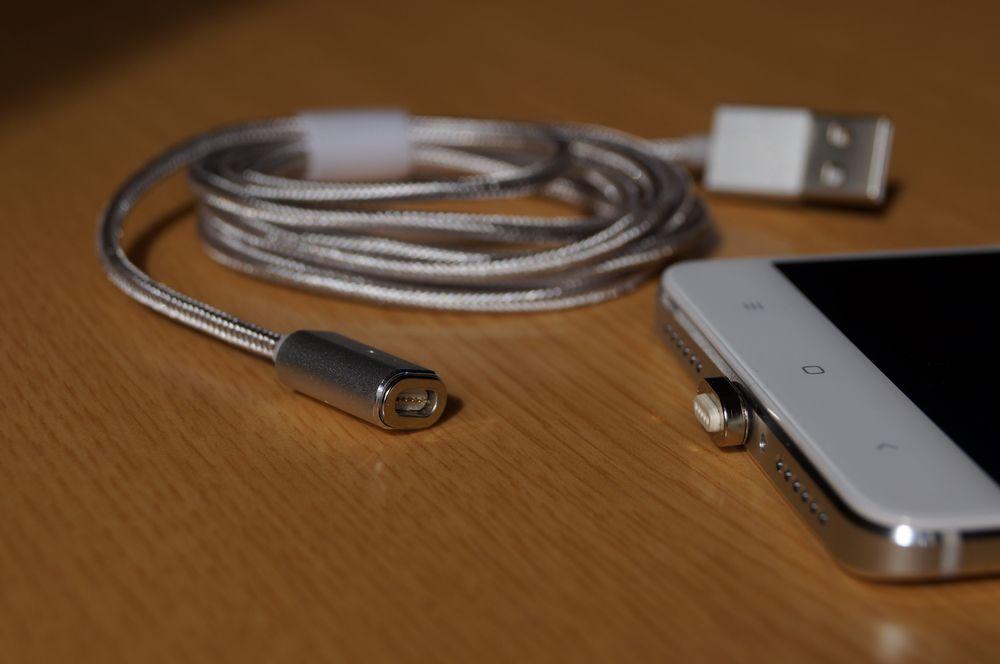 【レビュー】これは便利!「dodocool Micro USB マグネットケーブル 1.2m」は磁力を使って簡単にケーブルの脱着が可能!充電だけでなくデータ転送にも対応してますよ!