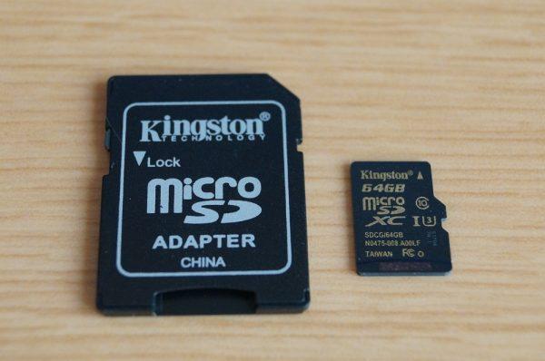 「Kingston microSDXCカード 64GB Class10 UHS-I U3」のセット内容