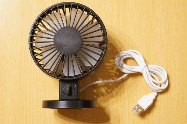 「SOFER USB扇風機 MF6」のセット内容
