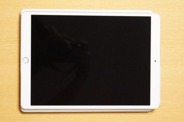 「iPad Pro 10.5インチモデル」外観レビュー!~「iPad 3(2012年モデル)」との比較~