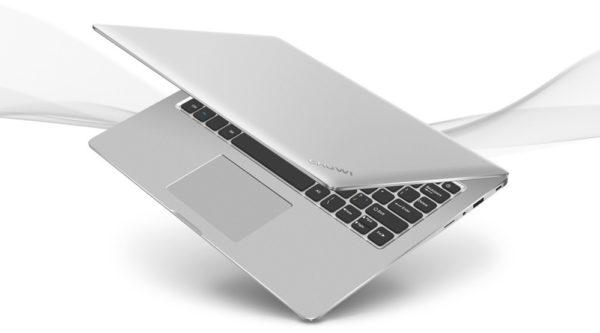 「CHUWI LapBook 12.3」の外観レビュー