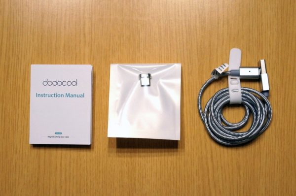 「dodocool USB Type-Cケーブル マグネット式 1.2m DA125」のセット内容