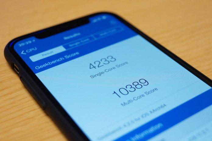 バッテリー劣化したiPhoneの速度低下を意図的に行っていたApple、消費者への謝罪としてバッテリー交換の割引を発表。