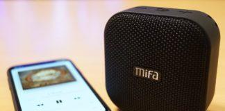 【レビュー】コンパクトなのに音質良好!「MIFA Bluetooth ポータブルスピーカー A1」は防水防塵仕様にMicro SDカードの再生にも対応したおすすめスピーカー!