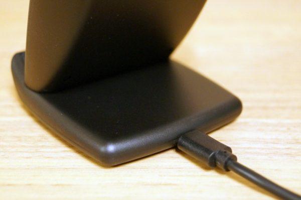 「Tronsmart AirAmp 10W ワイヤレス充電器 WC01」の使い方