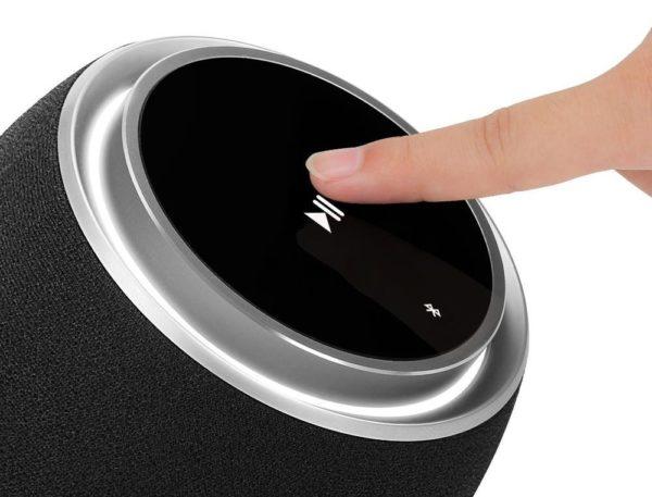 「Tronsmart Jazz mini Bluetooth スピーカー」の基本的な使い方/iPhoneとのBluetoothペアリング方法について。