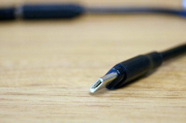 「AUKEY USB C 変換コネクタ Type C to USB 3.0 OTGケーブル (2本セット)」レビューまとめ!
