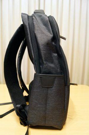 Inateck 盗難防止耐傷付きラップトップバックパック USB充電ポートと防水レインカバー付き:レビュー