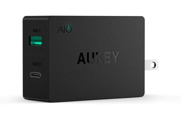 【400台限定】USB-C +USB-A の急速充電器「AUKEY急速充電ACアダプター PA-Y2」がクーポン利用で半額に!欲しい人は急げ!