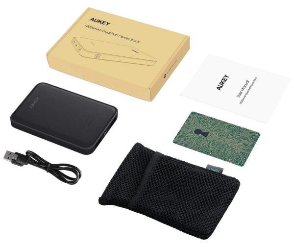 「AUKEY 超薄型10000mAhモバイルバッテリーPB-N50」の製品内容
