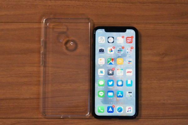 iPhone XとGoogle Pixel 3 XLの比較(Spigen TPU ケース)
