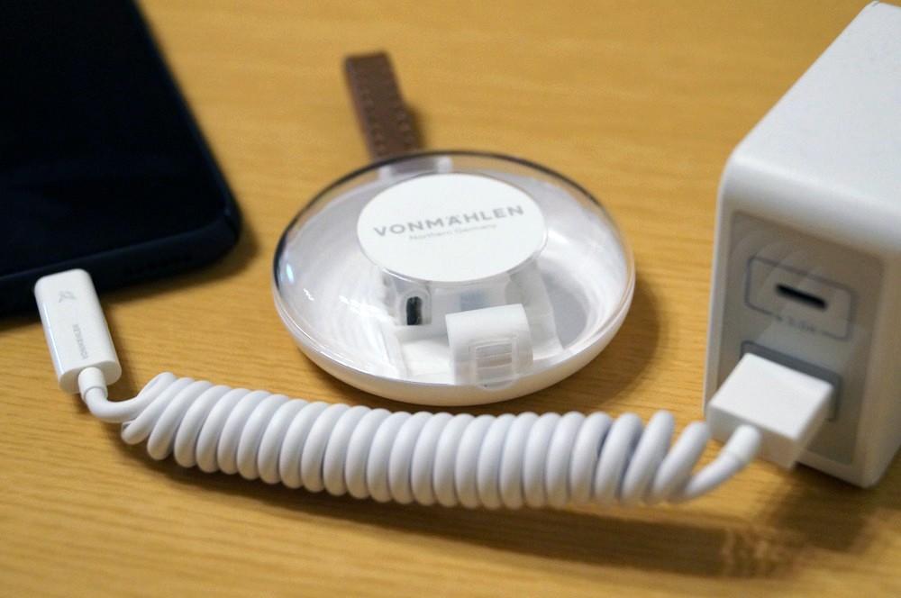 【20%オフ】USB A/ C / ライトニング/ Micro USBにマルチ対応!「Allroundo」は万能な充電ケーブル!【レビュー】