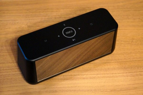 「MIFA A30 Bluetooth スピーカー」の仕様