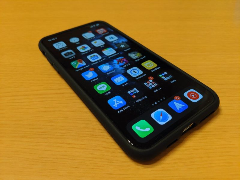 Spigen TPU リキッドエアー:iPhone 11 Pro Maxに装着した状態でのレビュー
