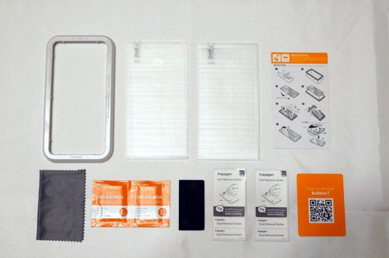 Spigen【2枚セット】iPhone 11 Pro Max ガラスフィルム【ガイド枠付き】日本旭硝子製 強化ガラス 液晶保護フィルム【AlignMaster】のセット内容