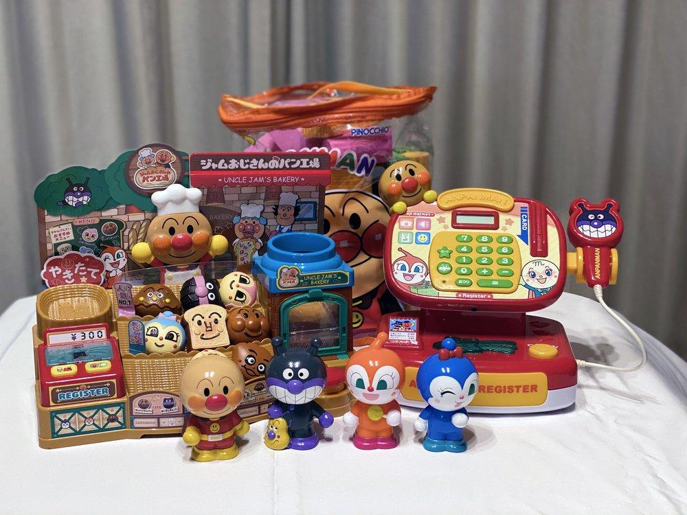 クリスマスプレゼントに最適!アンパンマンのおすすめグッズ、おもちゃ、絵本などまとめ!