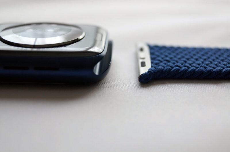 Apple Watch「ブレイデッドソロループ」の付け方/外し方解説