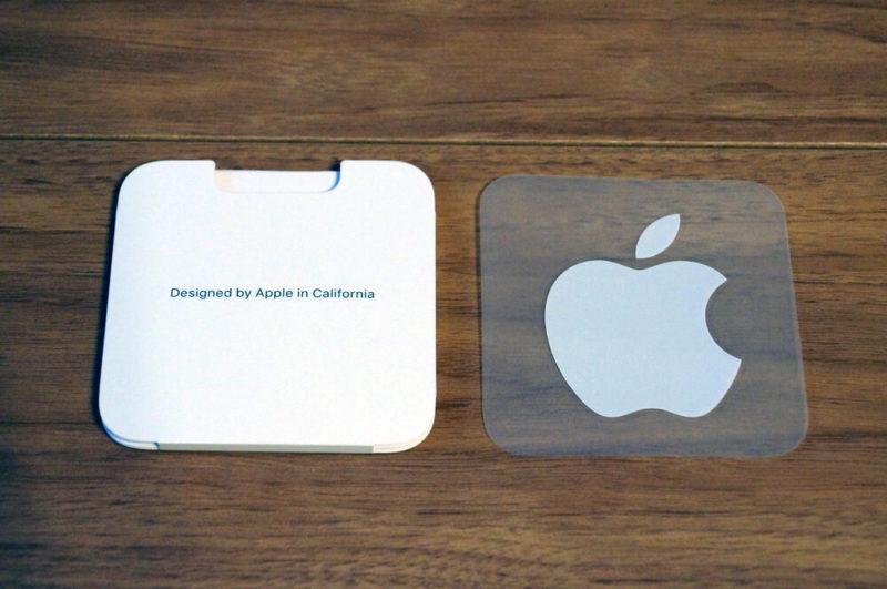 Appleロゴのシールは1枚付属