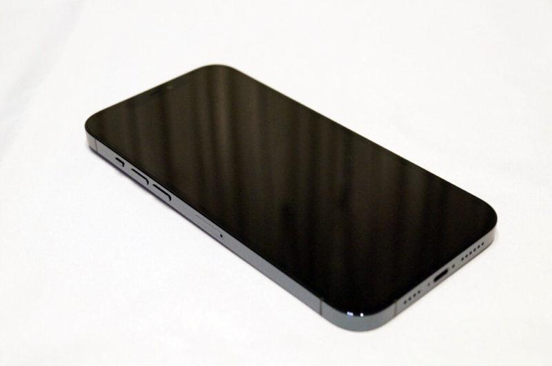 iPhone 12 Pro Max:外観レビュー
